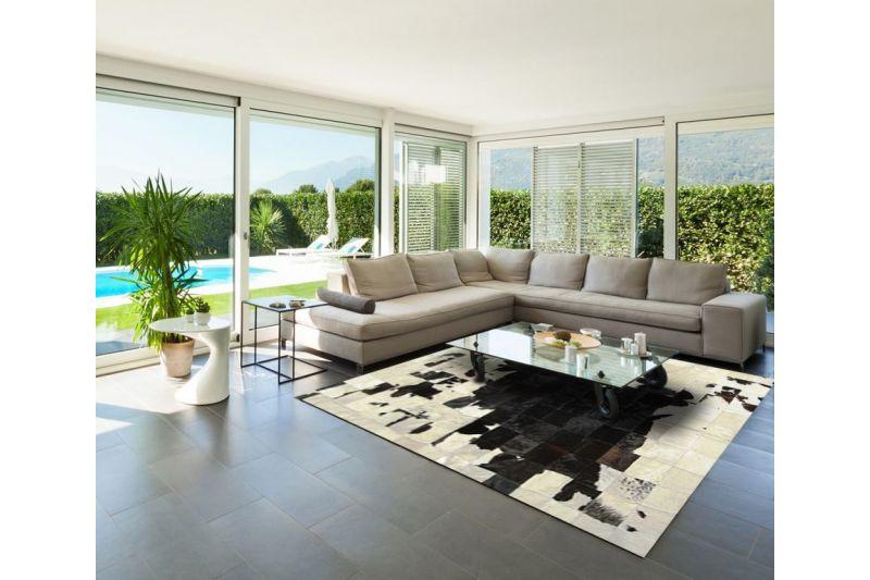 Black and white Mapa cowhide rug